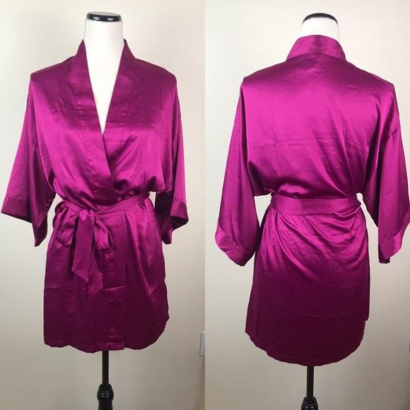 Victoria's Secret Other - Victoria's Secret satin kimono robe
